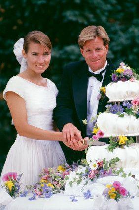Weddings at The Highland Lake Inn