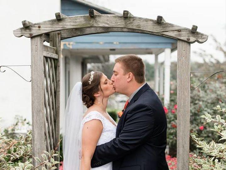 Tmx 1509159703021 2278027417808023252645205867689517467941971n Phoenixville, Pennsylvania wedding florist