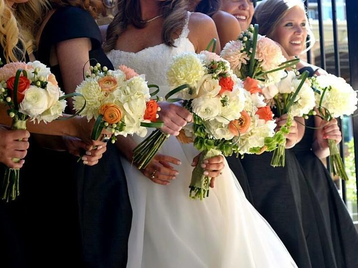 Tmx 1536333127 C7d167c1b841aa9e 1536333123 A59d1ae689d576da 1536333036769 90 Wedding Greenville, SC wedding florist