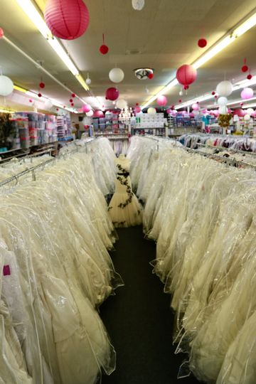 800x800 1467388786293 bride to be consignment wedding gown aisle consign