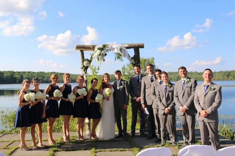 Couple with groomsmen and bridesmaid