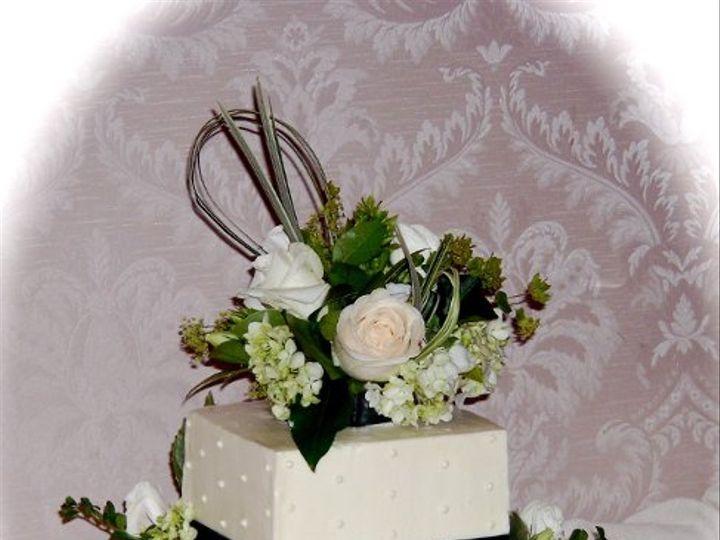 Tmx 1280246359389 SAM0303 Pelham wedding cake