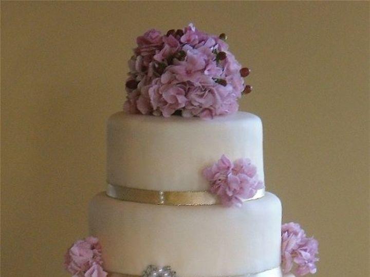 Tmx 1294886134491 SAM0548 Pelham wedding cake