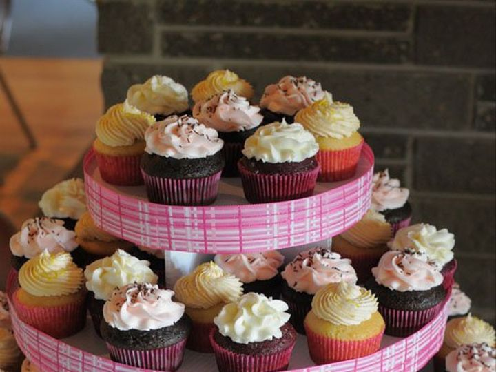 Tmx 1345552358462 Blairweddingcuppies1 Pelham wedding cake