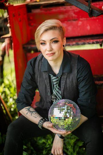 Hayden, Assistant DJ