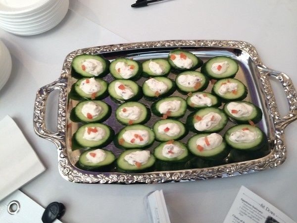 600x6001394397935654 lump crab mousse on cucumber