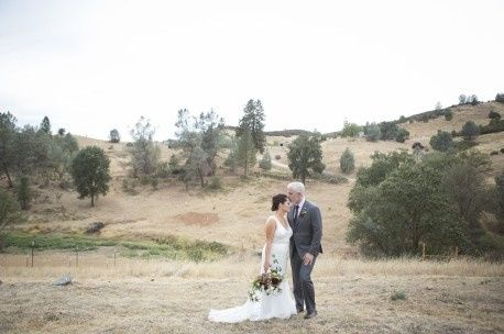The couple with hill background