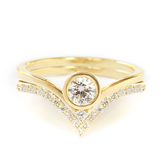 Unique Diamond engagement Wedding ring set handmade by silly shiny diamonds elegant and minimal...