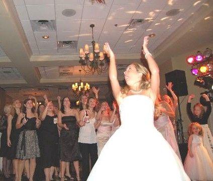 """Best Atlanta DJ"" Rob Clark Entertainment -- Rob coordinates the bouquet-throw for a great photo"