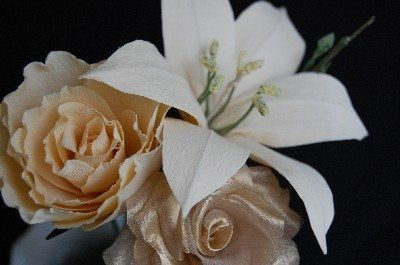 unique flowers in fabric and paper custom made to choice!