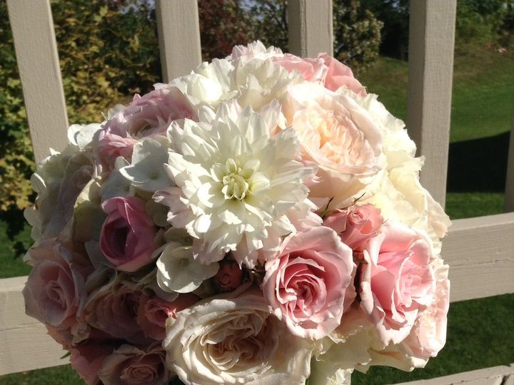 Tmx 1468265406 6216878c3a9bbada Image Victoria, MN wedding florist
