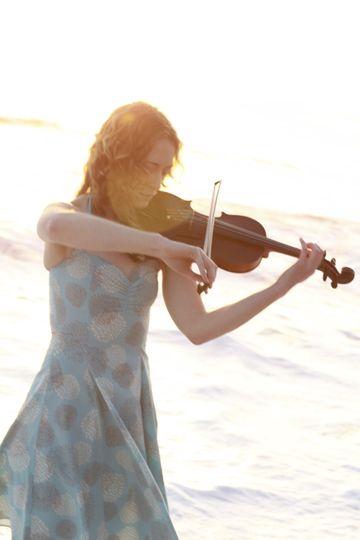 Laurel Thomsen Violin & Viola