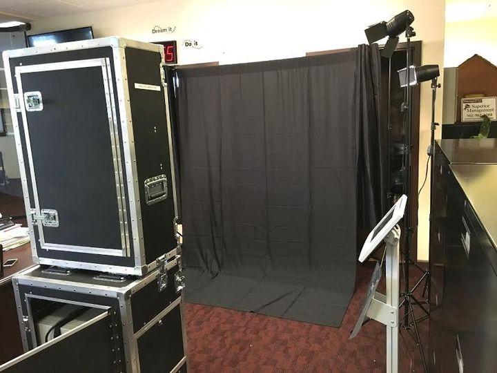 black backdrop option
