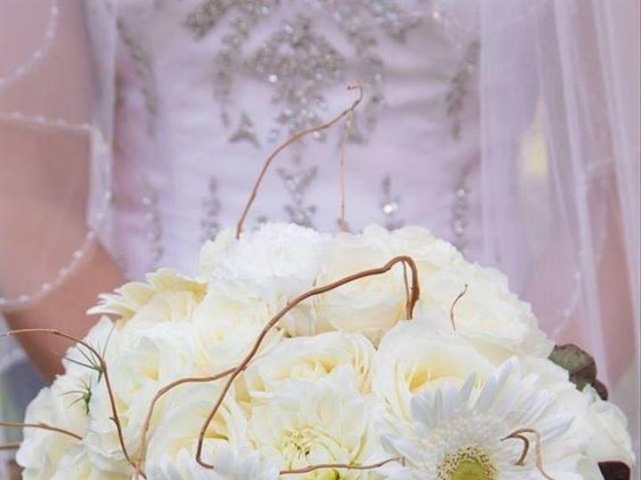 Tmx 1533291817 049c78093509f582 1533291816 9023ce0200d1b019 1533291815357 1 7a0e95b6f784546d12 Marion wedding florist