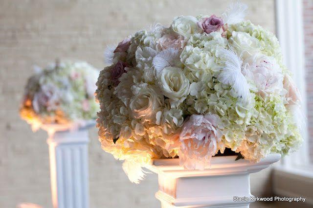 Tmx 1533292363 Cdcb6ad0ee1d44c5 1533292362 9a0ed4bc1399de99 1533292358167 12 Lisa 0142 001   C Marion wedding florist