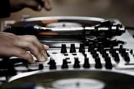 DJ Case Music and Photobooth