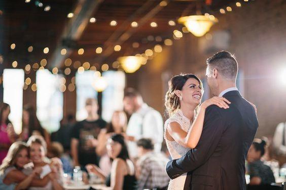 Tmx Blurred Background 51 432918 159233766465050 Minneapolis, MN wedding venue