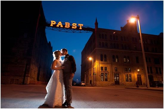 800x800 1479310550245 pabst brewery wedding kiss