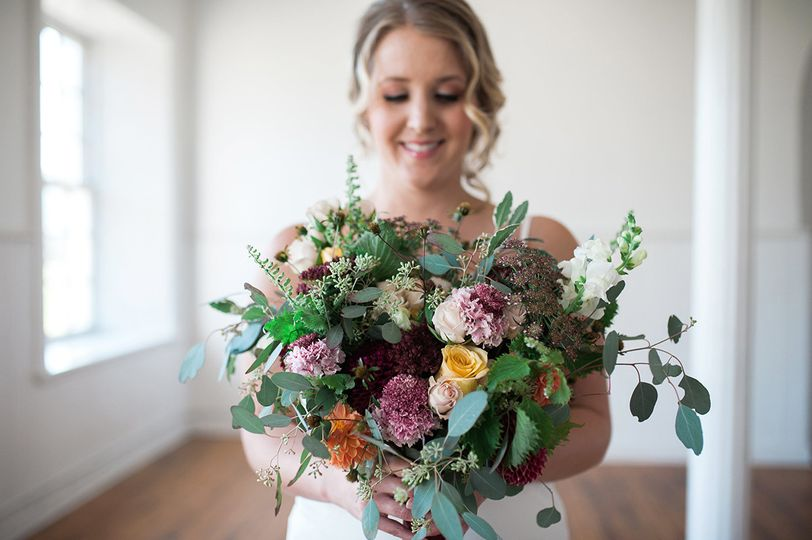 Colorful blooms Photo by Lynsey Lue Photography