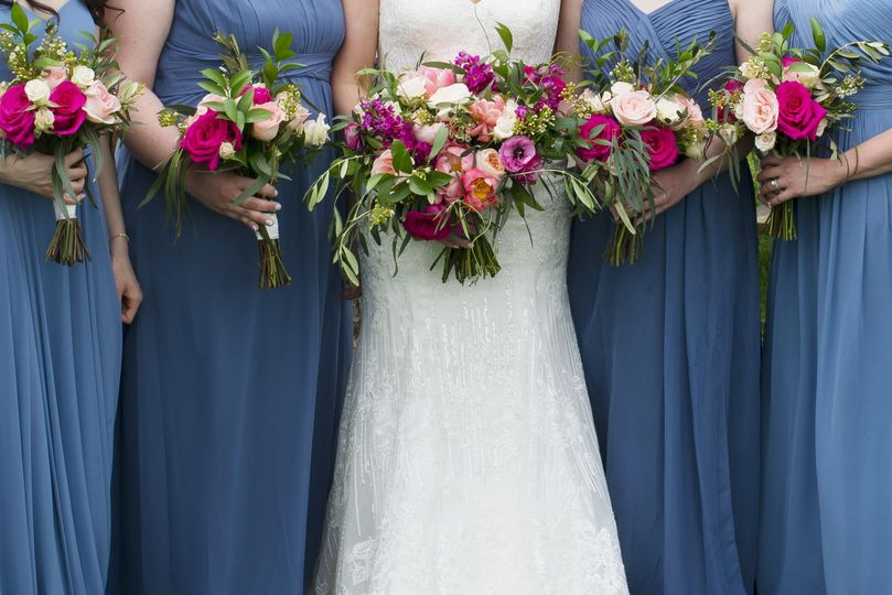 Wedding party florals Photo by Stela Zeharieva