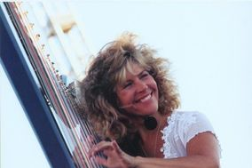Lori Andrews / JazHarp Records