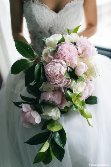 Artistic Blossoms Floral Design Studio