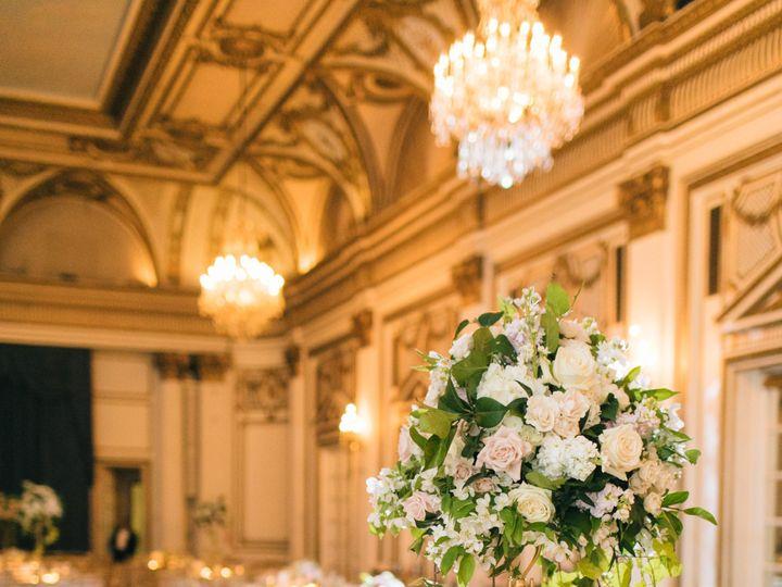 Tmx 0685 180512 Zfp10164 51 58918 1564693614 Marshfield wedding florist