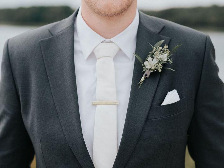 Tmx 92318 Ashleyandbryan 289 1 51 58918 1564693278 Marshfield wedding florist