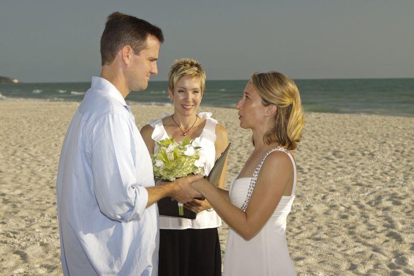 Simple Siesta Beach Ceremony