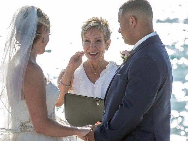Tmx A645732f 5a86 453b 8569 49d8e80e68ea 1 105 C 51 988918 159061408663542 Sarasota, FL wedding officiant