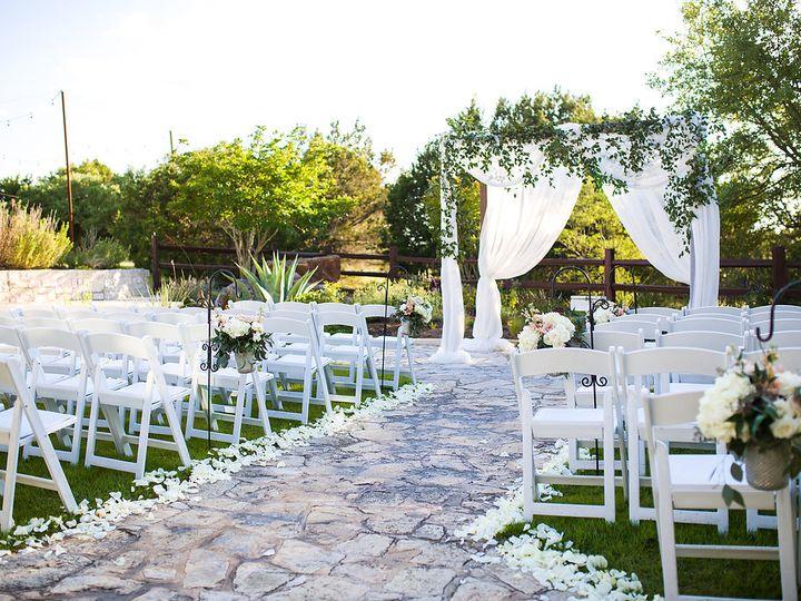 Tmx Cassiedustin 18 33 28 51 49918 Dripping Springs, TX wedding venue