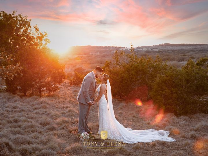 Tmx Lexi And Tyler Wedding Pictures Completed 452 Copy 51 49918 162065940783609 Dripping Springs, TX wedding venue