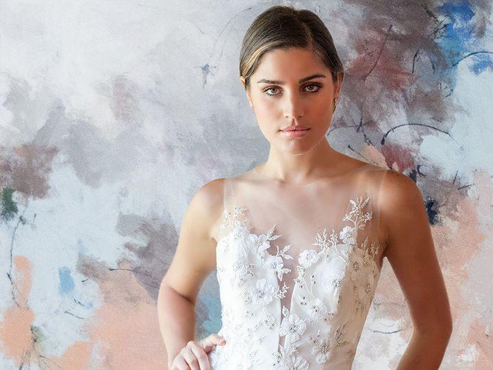 Tmx Lian Carlo 9 51 50028 Shawnee, KS wedding dress