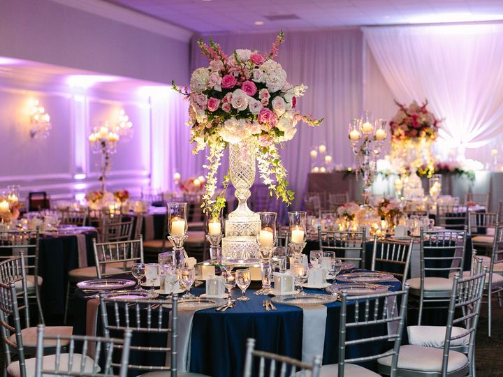 Tmx 1515778655 58d327c32a96b7b0 1515778652 28def4bb8f404225 1515778640793 3 KSP 081 Aurora, IL wedding planner