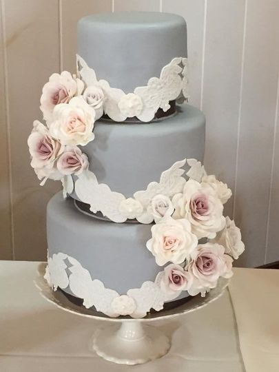 Edith Hall Cakes Wedding Cake Hallsville Mo Weddingwire
