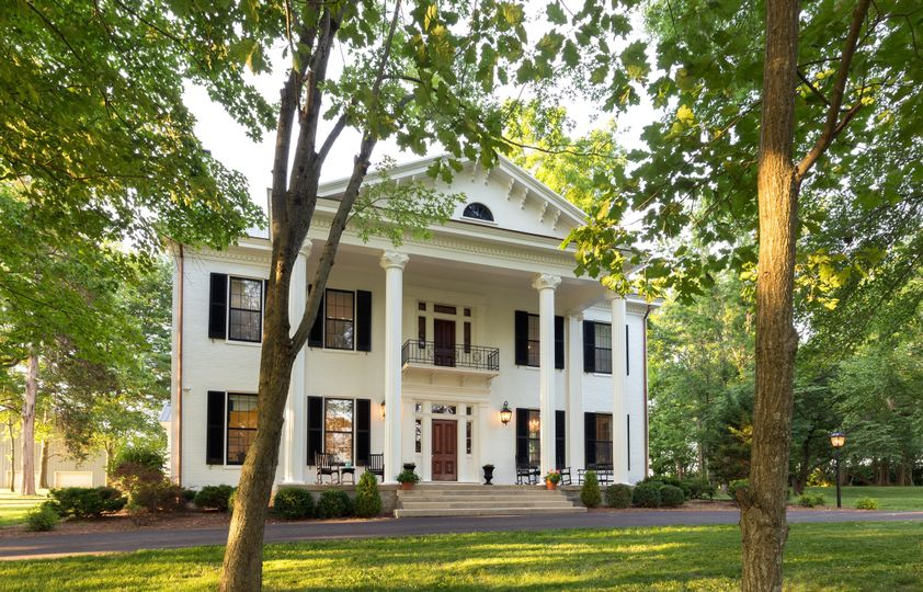 Historic Ashford Acres Inn, built in 1858 and renovated in 2016, can host weddings for 2-200 guests.