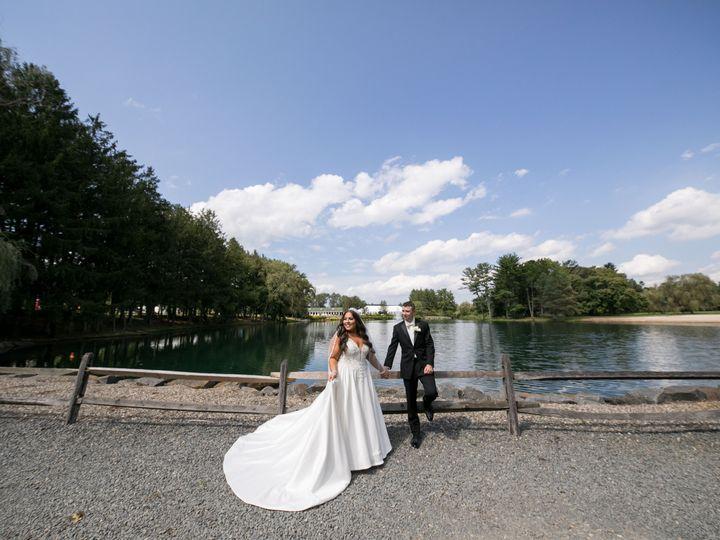 Tmx Katiesteve Credit Michael Romeo 5 51 205028 160156064975889 Millstone Township wedding venue