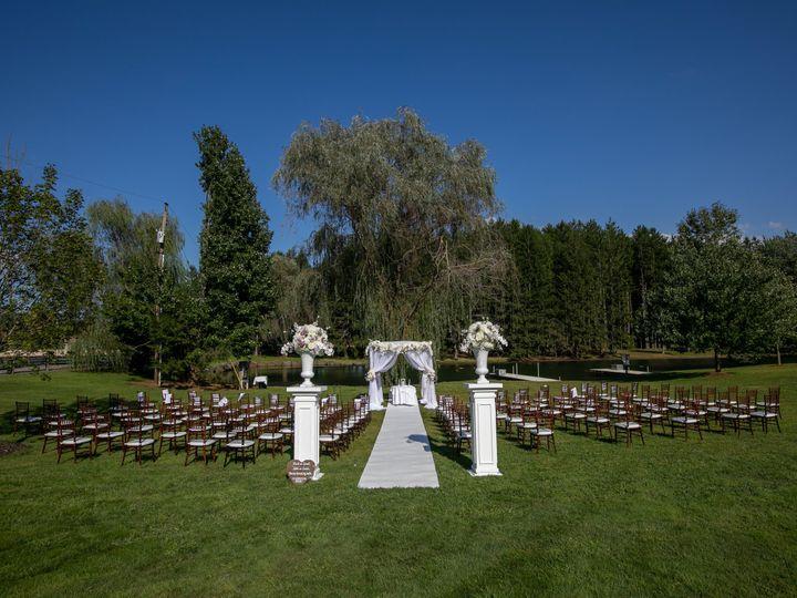 Tmx Katiesteve Credit Michael Romeo 6 51 205028 160156065278869 Millstone Township wedding venue