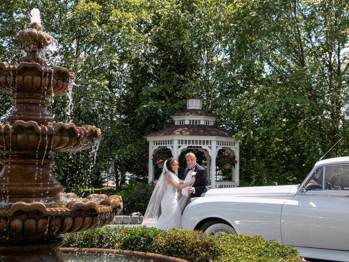 Tmx Lillymina Credit Michael Romeo 4 51 205028 160156067782955 Millstone Township wedding venue