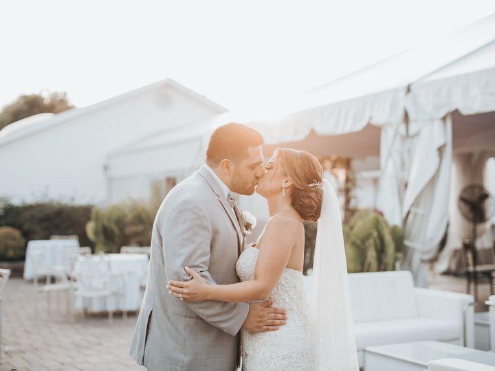 Tmx Nicolepaulweddingcredit Mike Gloria 3 51 205028 160156068019004 Millstone Township wedding venue