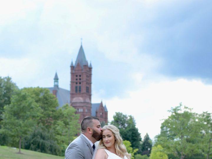 Tmx 1533056414 B41507d12699637b 1533056405 2ecc4aeee87bf0f9 1533056395587 4 DSC 1513 Syracuse, NY wedding photography