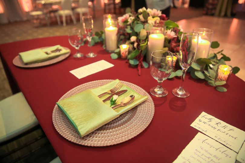 Photo: Lily Tapia Photography, Table: Diana's Events
