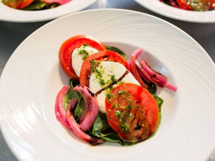 Salad serving