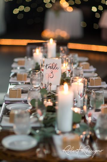 Head table arrangement | Robert Roscigno Photography &