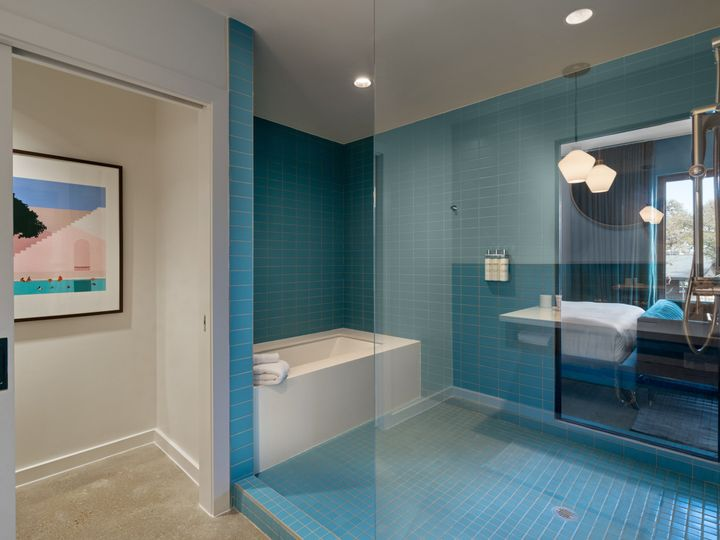 Tmx Garden View Suite Bath 51 1054128 Round Rock, TX wedding venue