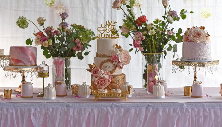 Bouquet cakes by nafi