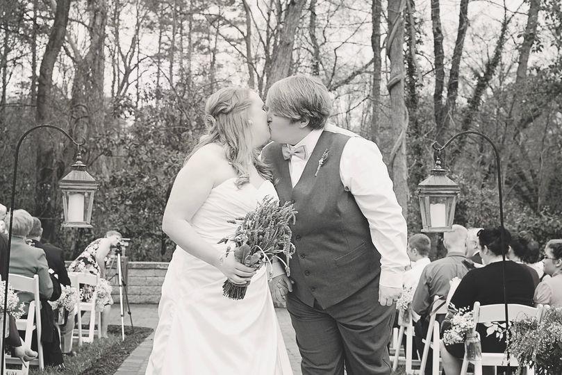 Couple's portrait and kiss