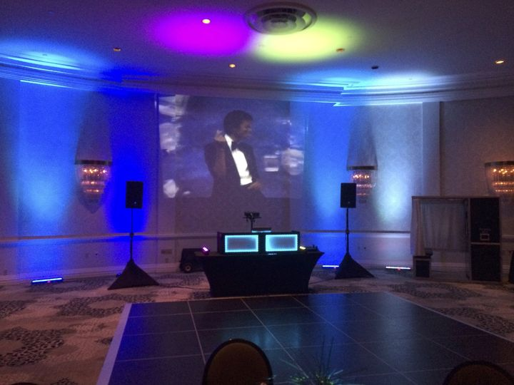 Riviera Palm Springs, Ballroom setup with uprights and music videos