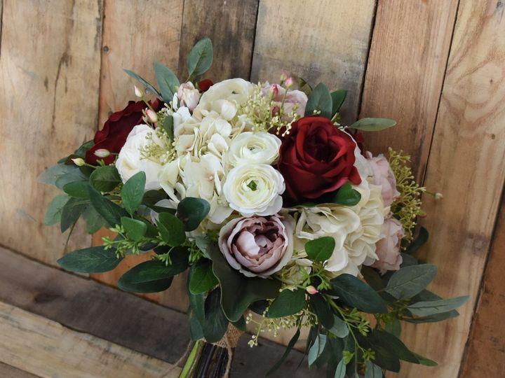 Tmx 1535749485 9d168e8a5200319a 1535749483 B77d790480d75dca 1535748963421 1 Manal Bouquet 3 Buffalo, New York wedding florist