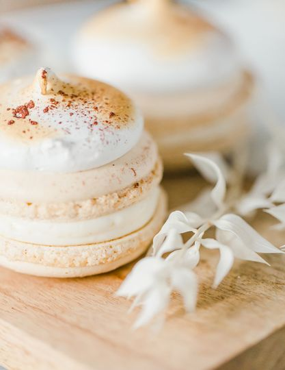 Macarons with torched meringue